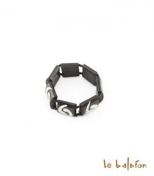Bracelet virgule en os de batik