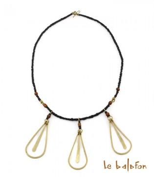Collier en laiton et perles
