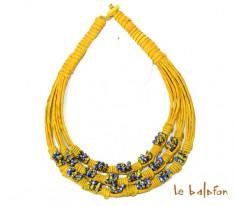 collier cuir et perles de verre africaines