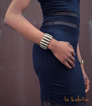 Bracelet bicolore perles allongées en os