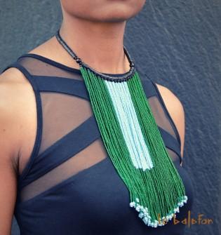 collier ethnique longues franges