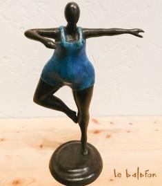 Sculpture en bronze la Danseuse bleue
