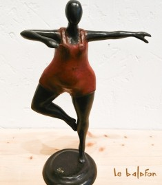 Sculpture en bronze la Danseuse rouge