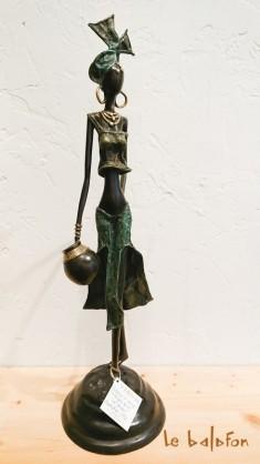 Sculpture bronze la Porteuse d'eau
